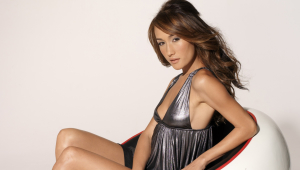 Maggie Q HD Background