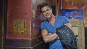 Mario Casas HD Wallpaper
