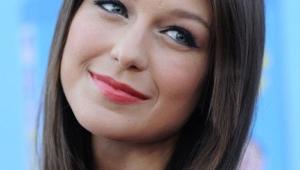 Melissa Benoist HD Iphone