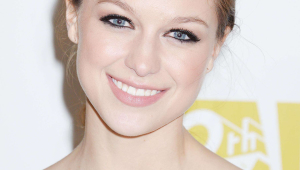 Melissa Benoist Iphone Wallpapers