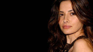 Sarah Shahi Wallpapers And Backgrounds