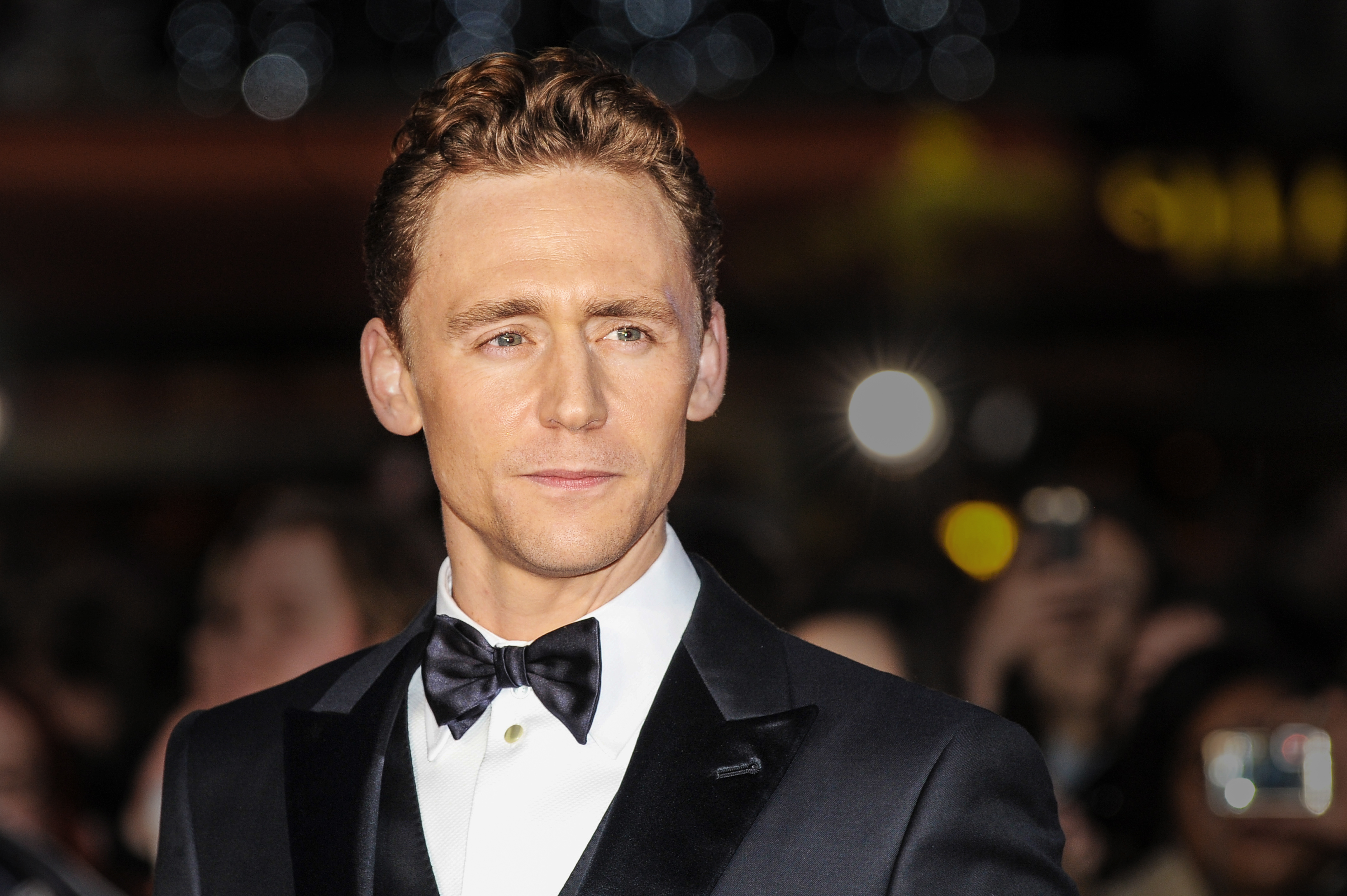 Tom Hiddleston Wallpapers (60 Wallpapers) – Art Wallpapers