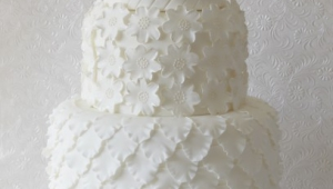 White Wedding Cake Awesome Ideas