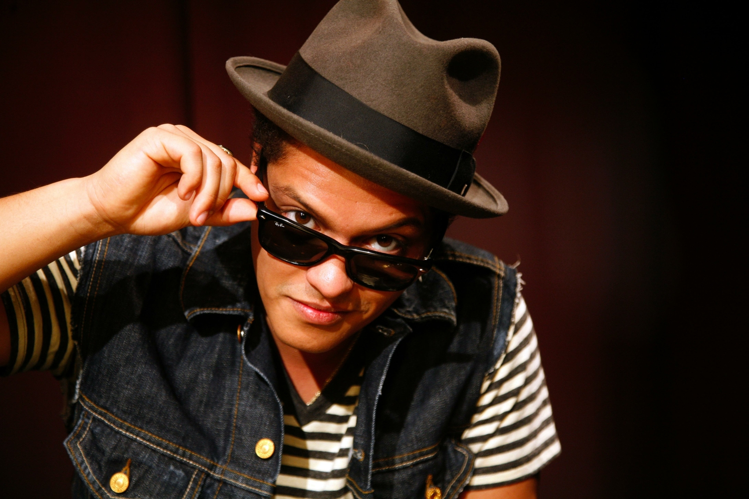 bruno mars on planet mars - photo #25