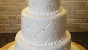 White Pearl Wedding Cake