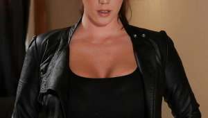 Alison Tyler Android Wallpapers