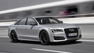 Audi S8 Plus Pictures