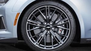 Chevrolet Camaro ZL1 Pictures