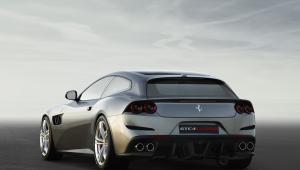 Ferrari GTC4Lusso Computer Wallpaper