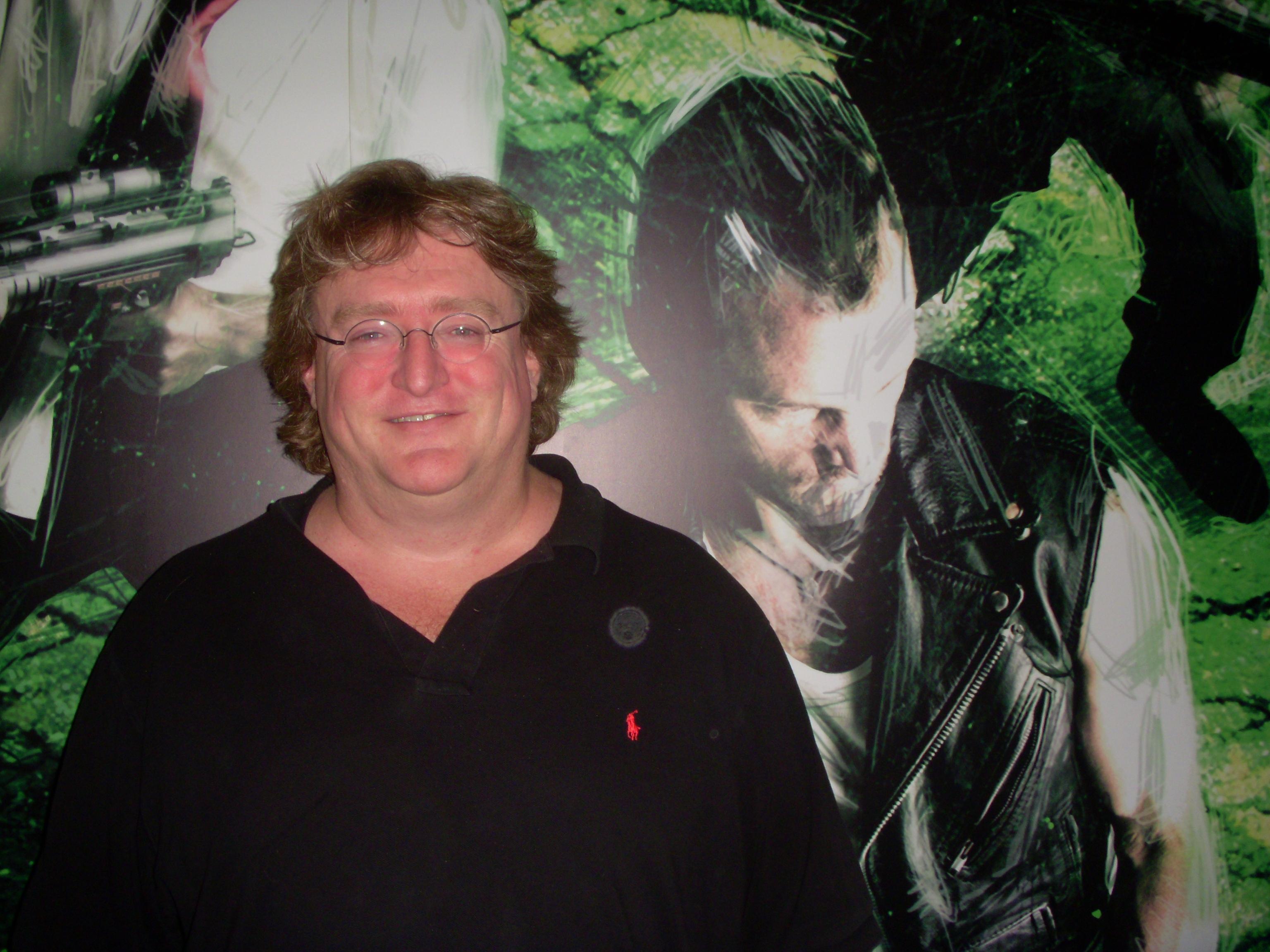 Gabe Newell Photos
