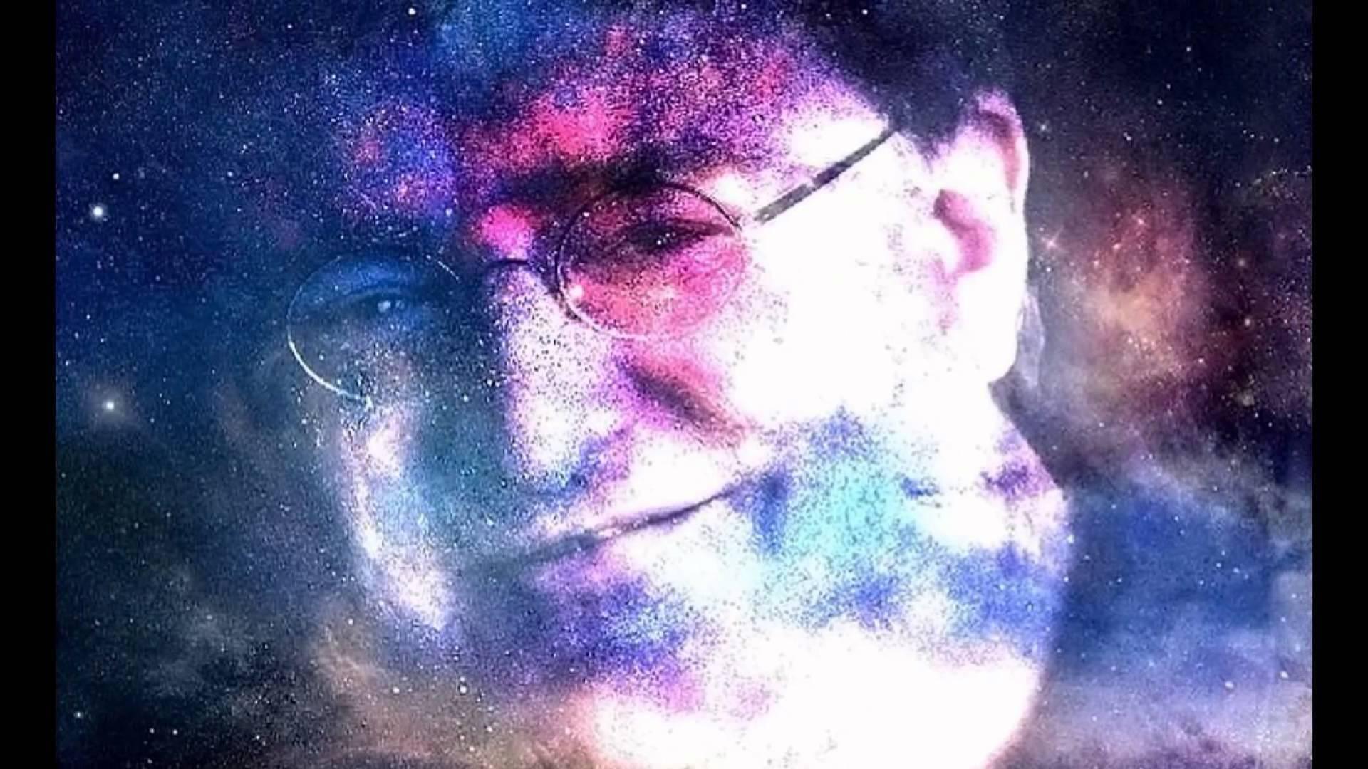 Gabe Newell Widescreen