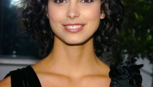 Morena Baccarin Android Wallpapers