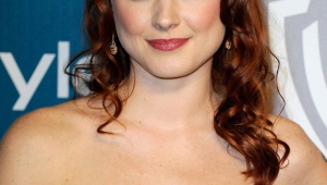 Alexandra Breckenridge Android Wallpapers