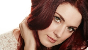 Alexandra Breckenridge Desktop Images
