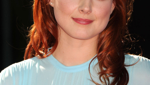 Alexandra Breckenridge HD Iphone