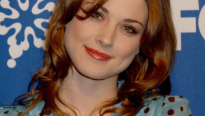 Alexandra Breckenridge Iphone HD Wallpaper