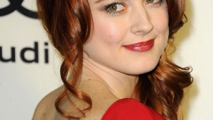 Alexandra Breckenridge Iphone Images