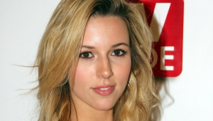 Alona Tal Desktop