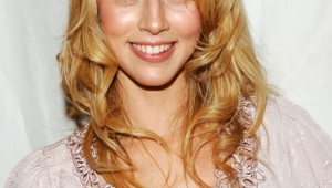 Alona Tal Iphone Sexy Wallpapers