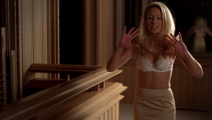 Anna Camp HD Wallpaper