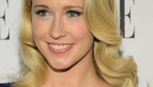 Anna Camp Iphone HD Wallpaper