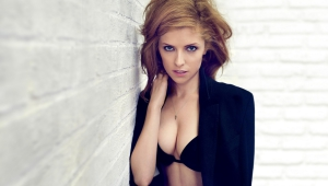 Anna Kendrick Free HD Wallpapers