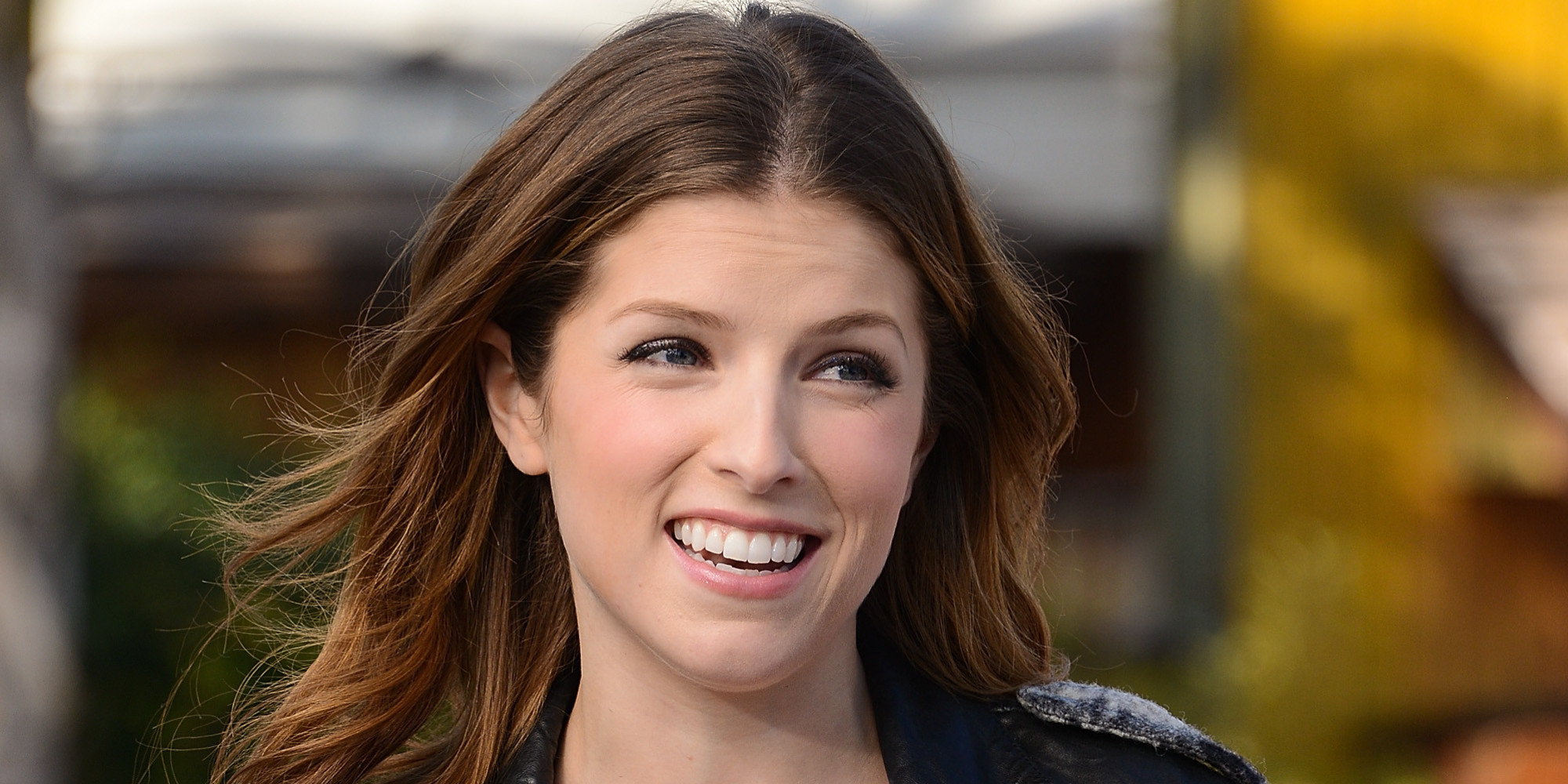 anna kendrick wallpapers images photos pictures backgrounds