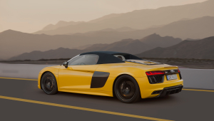 Audi R8 Spyder Background