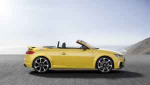 Audi TT RS Photos