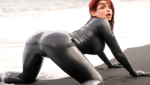 Bianca Beauchamp Photos