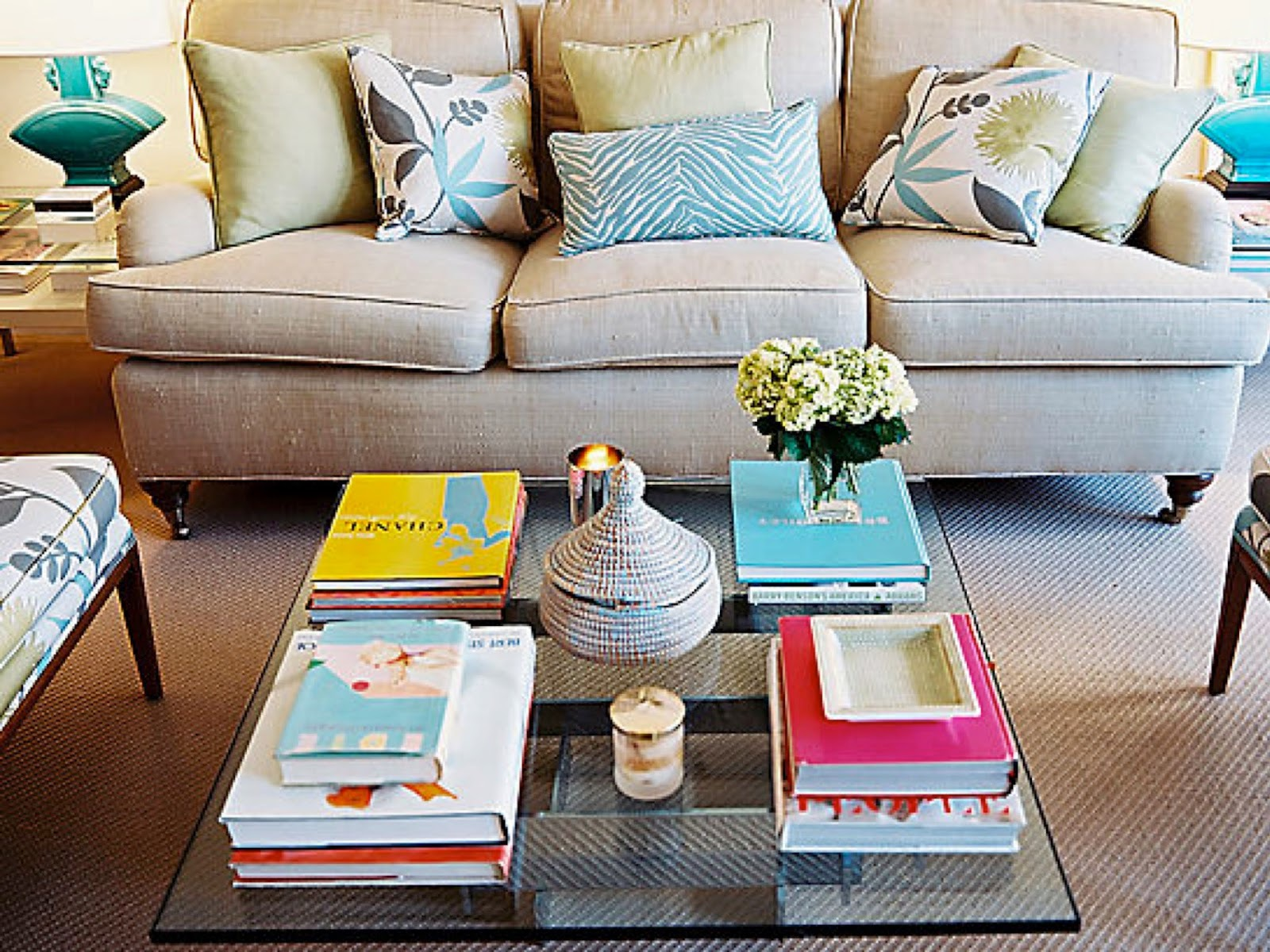 Books as coffee table accessories Coffee table accessories
