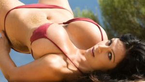 Denise Milani Widescreen