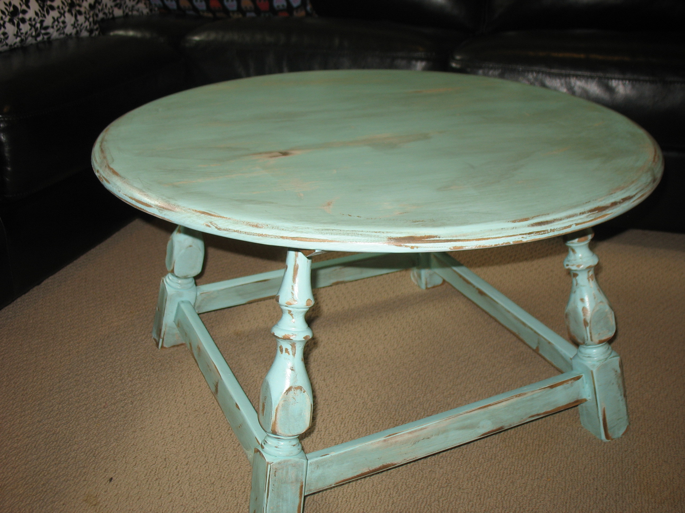 Distressed coffee table design images photos pictures for Round weathered coffee table