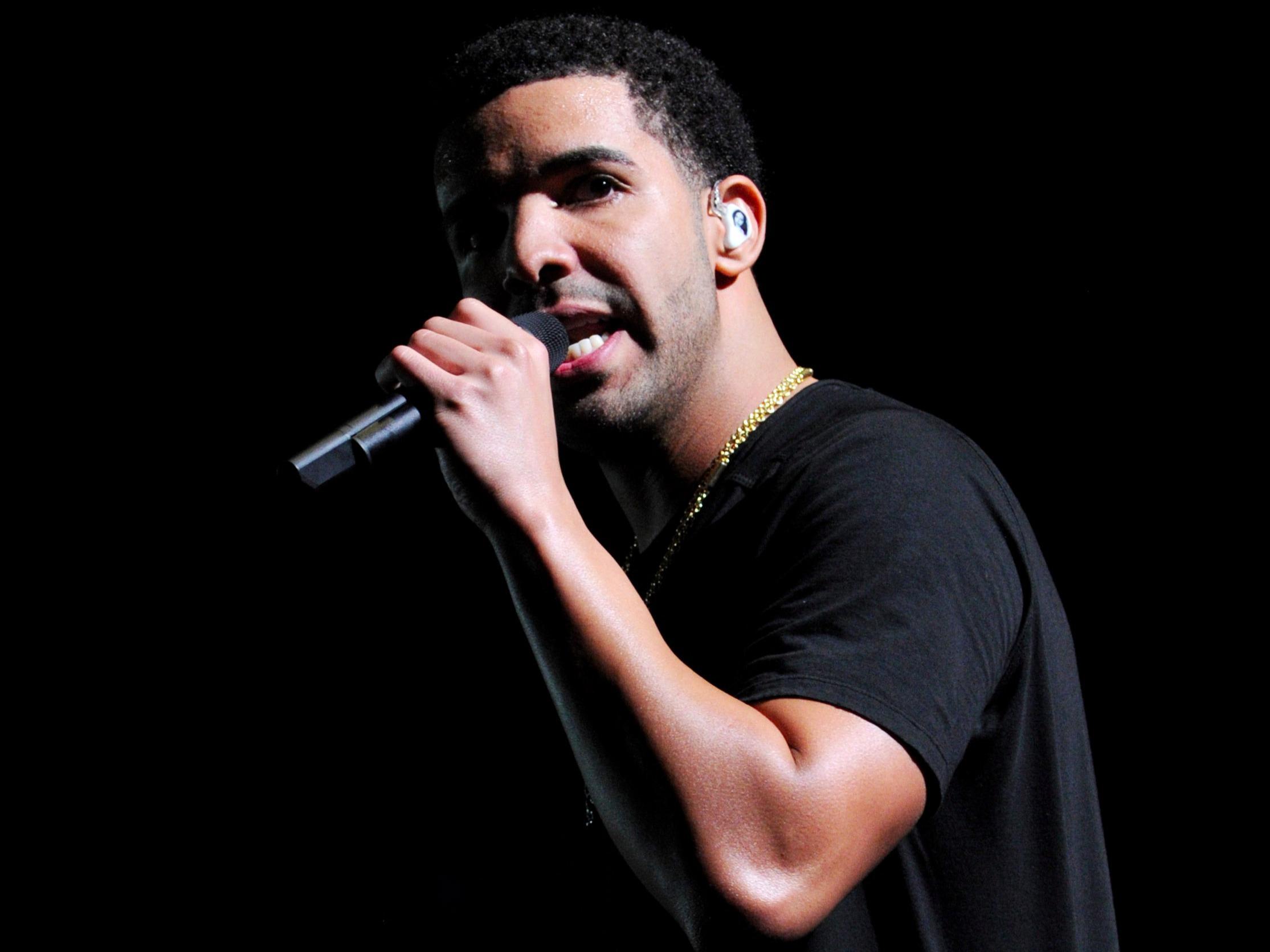 Drake Free HD Wallpapers