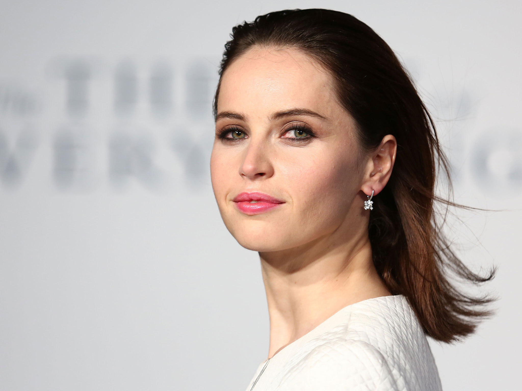Felicity Jones Wallpapers Images Photos Pictures Backgrounds