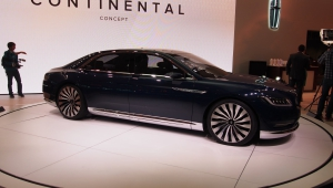 Lincoln Continental 2017 Computer Backgrounds