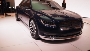 Lincoln Continental 2017 Wallpapers HQ