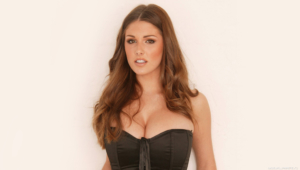 Lucy Pinder Widescreen