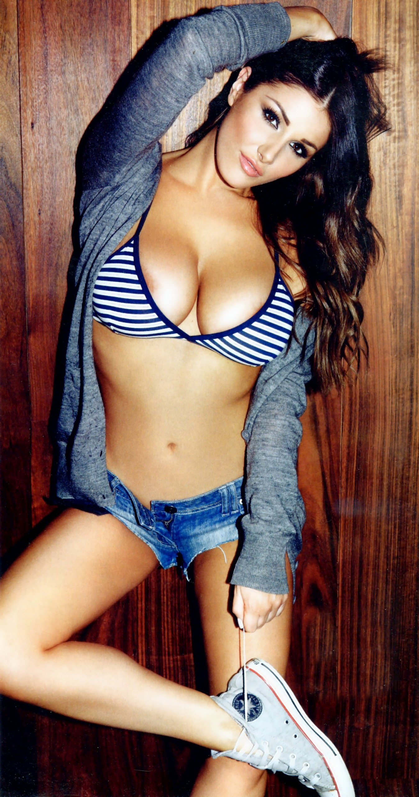 Lucy Pinder Wallpaper For Android