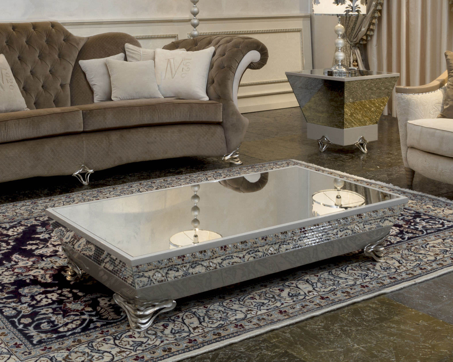 Luxury-Mirrored-Coffee-Table.jpg
