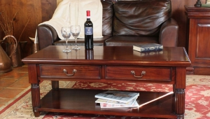 Mahogany Coffee Table With Two Drawers
