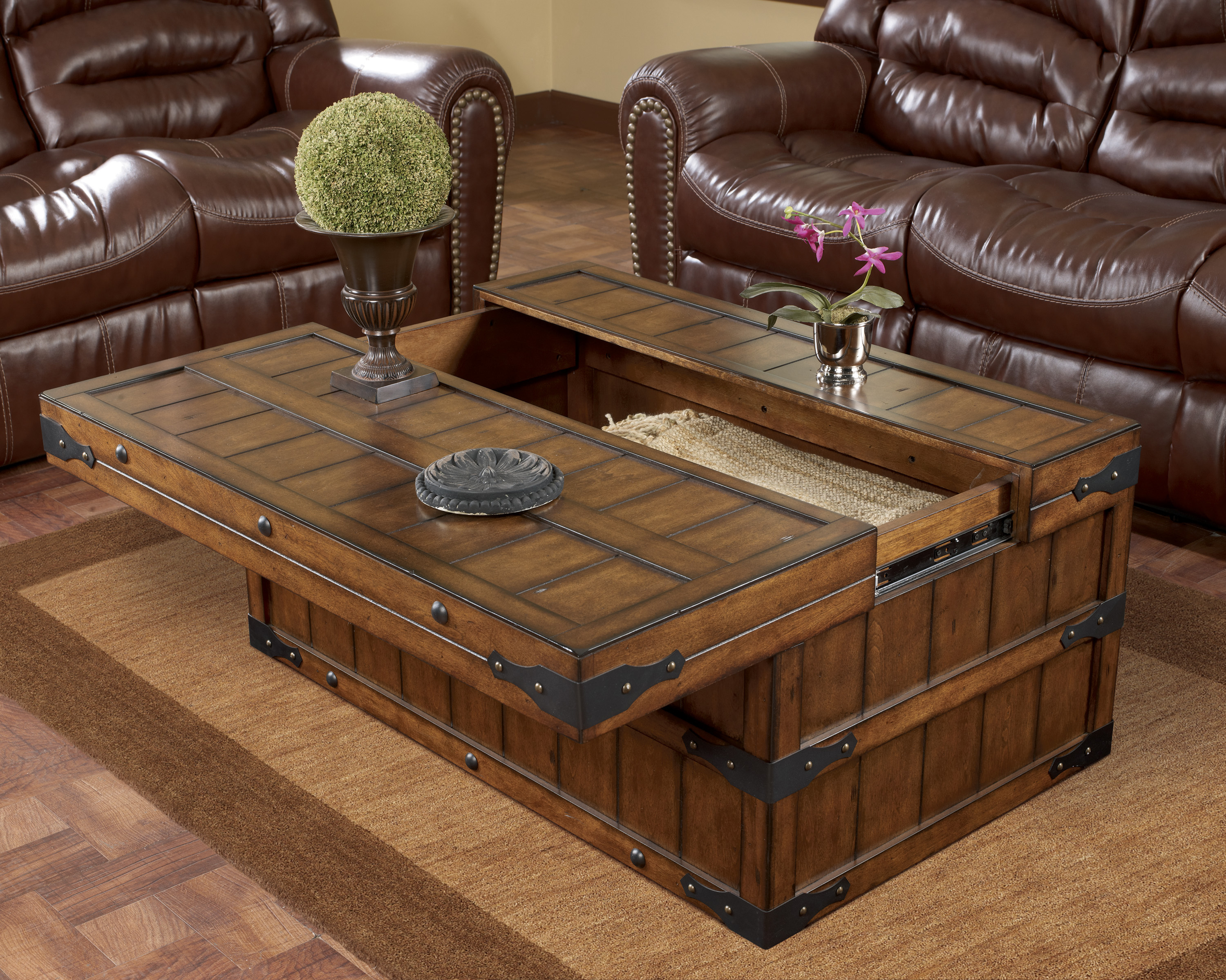 Rustic Wood Coffee Table Design s
