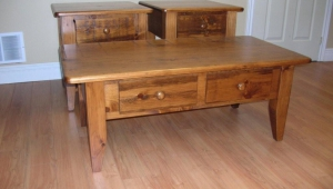 Pine Coffee Table Set