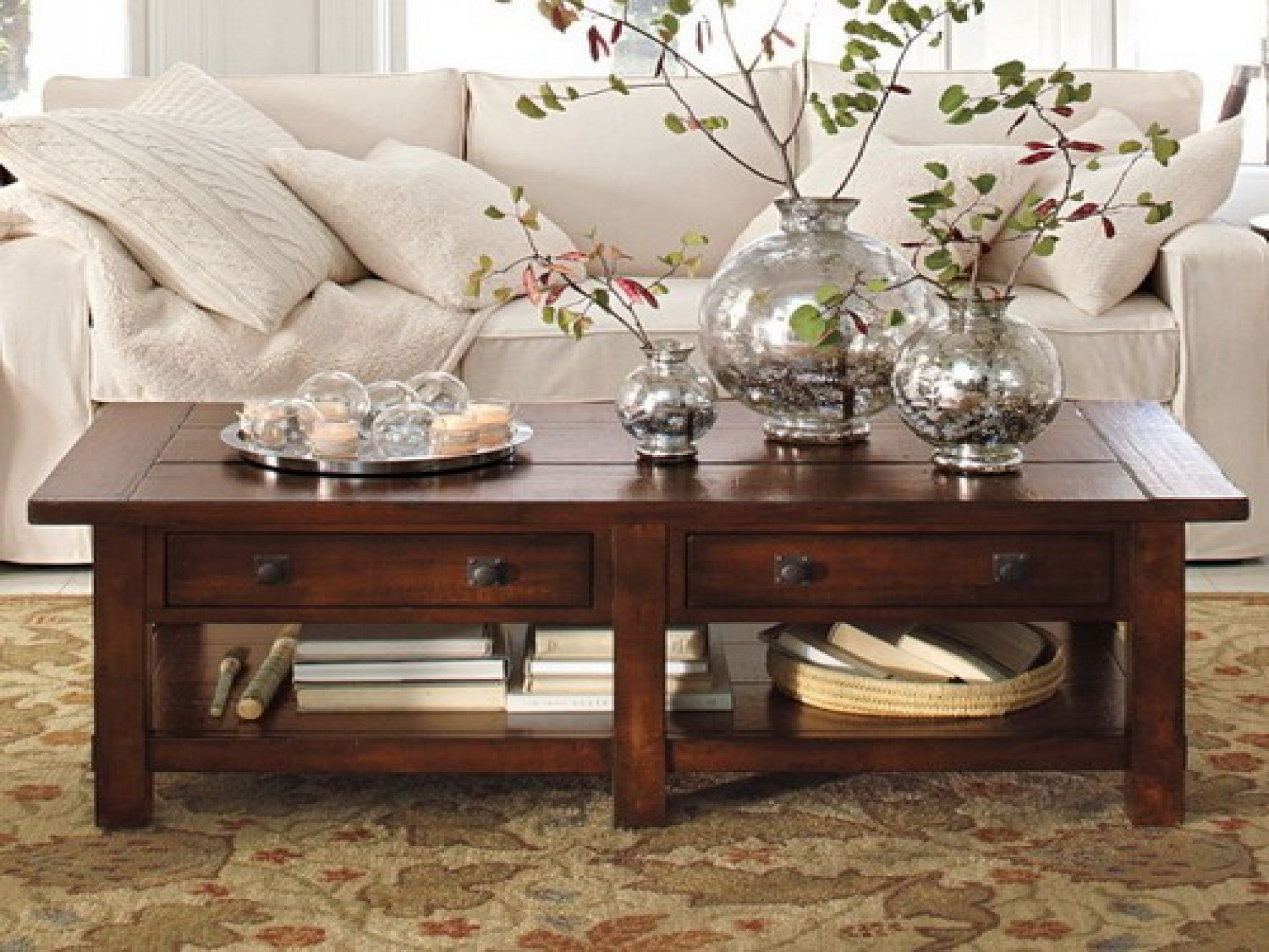coffee table accessories design images photos pictures. Black Bedroom Furniture Sets. Home Design Ideas