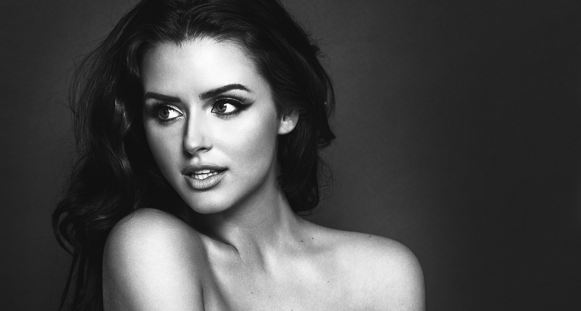 Abigail Ratchford Wallpapers Images Photos Pictures Backgrounds