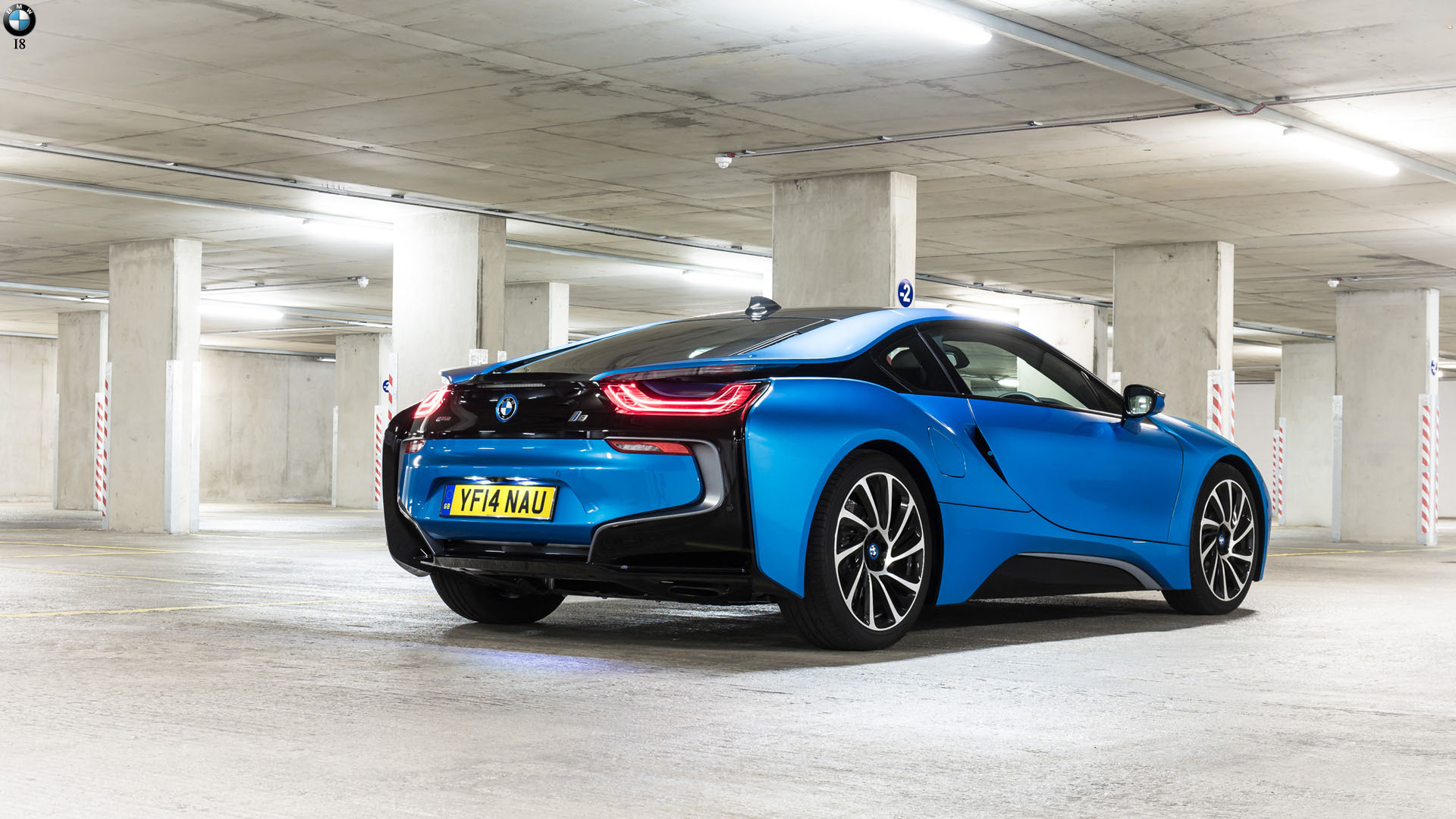 BMW I8 Widescreen