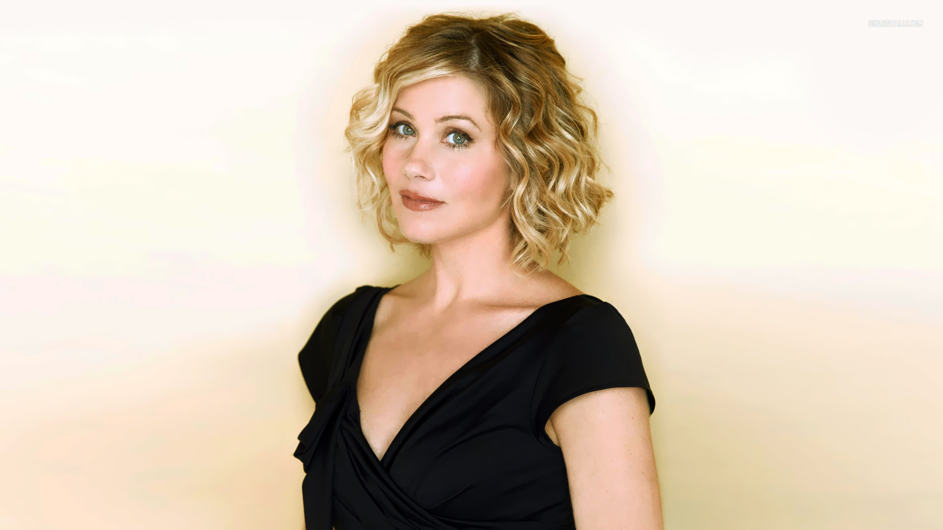 Christina Applegate HD Wallpaper