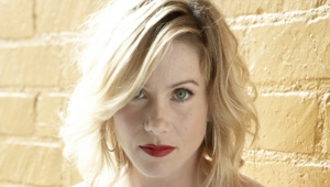 Christina Applegate For Desktop