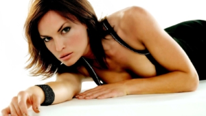 Jolene Blalock HD Desktop