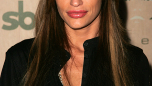 Jolene Blalock Iphone Sexy Wallpapers